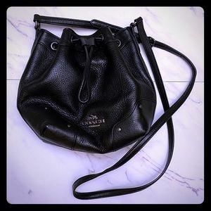 Black Coach crossbody cinch bag